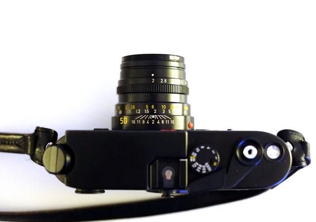 Aufsicht auf Oberseite der Leica M6 Classic Messsucherkamera