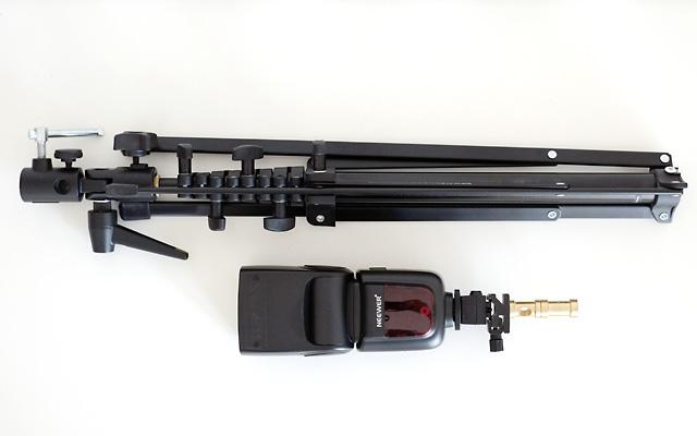Kompaktes Strobisten Set mit Stativ und Blitz zum entfesselten Blitzen