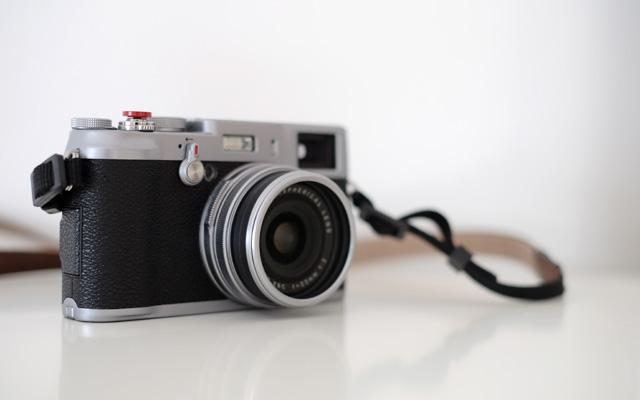 Fuji X100 mit Filteradapter