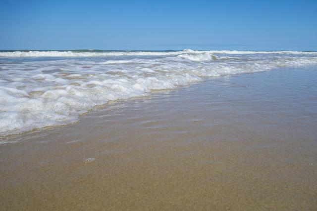 Strandaufnahme zum Test der Sony RX 100 bei tiefer Kameraperspektive